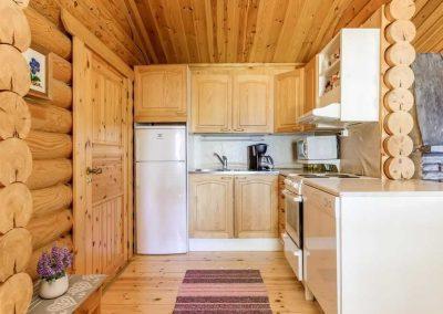 säilöksen-lomahuvilat-keittiö